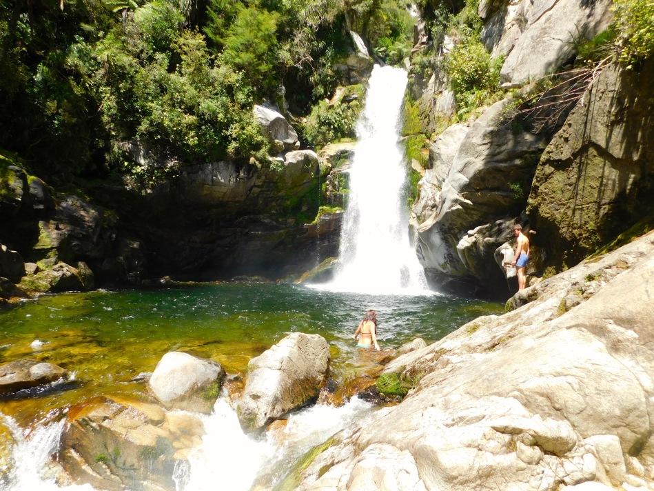 wainui-falls